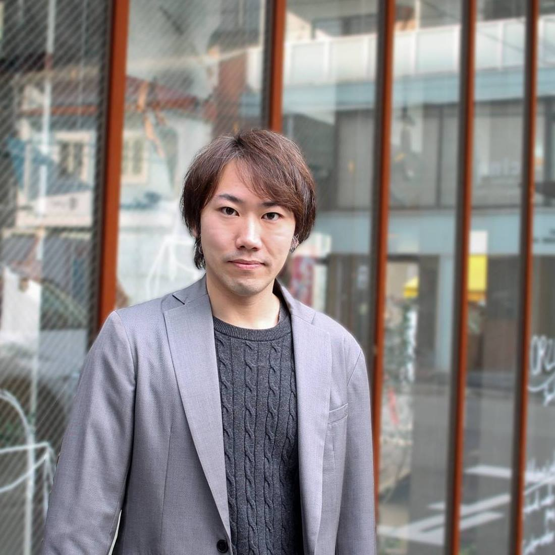 profile - takashi hosoya
